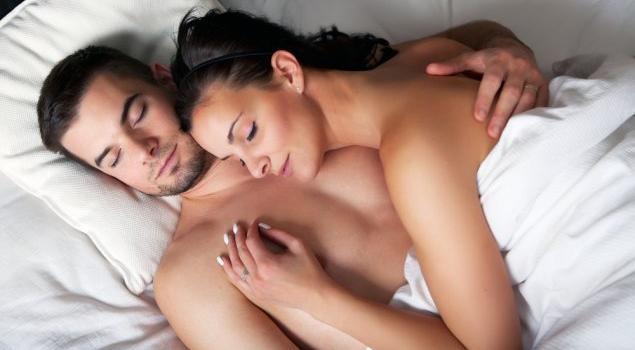 Фото мужа и жены в постели