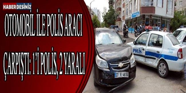 Otomobil İle Polis Aracı Çarpıştı: 1'i Polis, 2 Yaralı