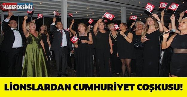 LİONSLARDAN CUMHURİYET COŞKUSU!
