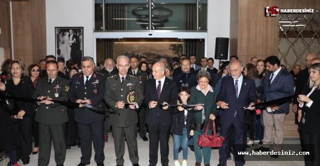 Atatürk sevgisini fotoğraflara anlattılar