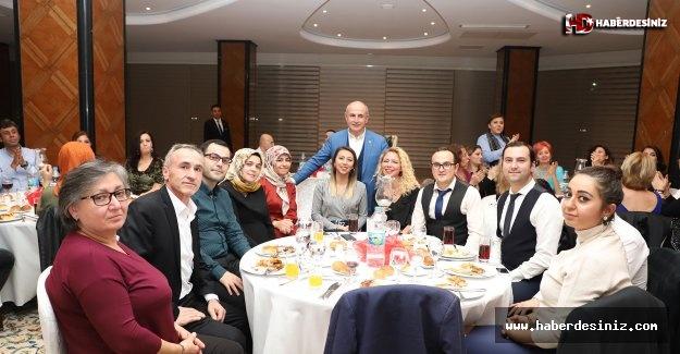 Başkan Akgün, Halk Akademisi eğitmenleriyle bir araya geldi