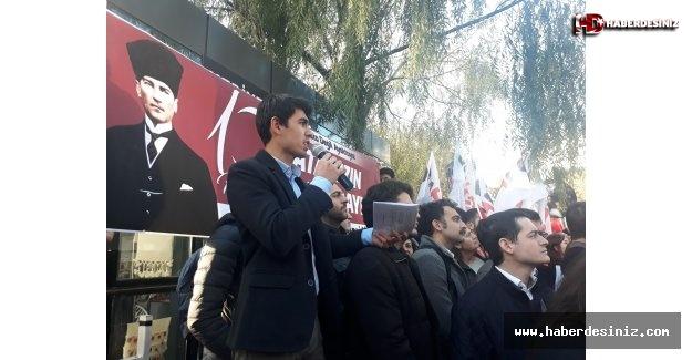 Gençlik 10 Kasım'da And İçti: Tam Bağımsız Türkiye Sözümüzdür!