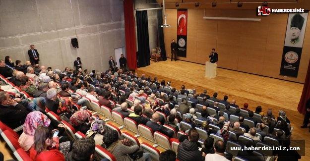 Bakan Kurum Eyüpsultan'da vatandaşlarla bir araya geldi.