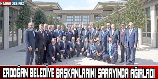 Cumhurbaşkanı Erdoğan, Belediye Başkanlarını Cumhurbaşkanlığı Sarayı'nda Ağırladı