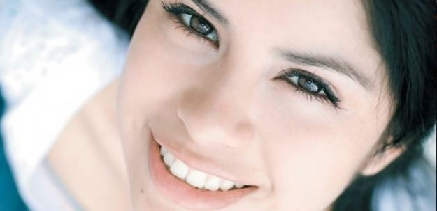 Muhteşem bir gülümsemenin keyfini çıkarın