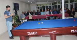 Bilardo Turnuvası Başkan Gençtürk'ün Vuruşuyla Başladı