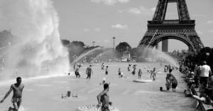 Aşırı sıcaklar Fransa'da 1435 can aldı