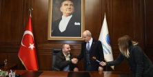 Başkan Akgün, Şenol'a Verdiği İş Bulma Sözü Tuttu