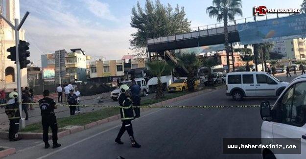 Adana'da polis aracına düzenlenen bombalı saldırı anı kamerada