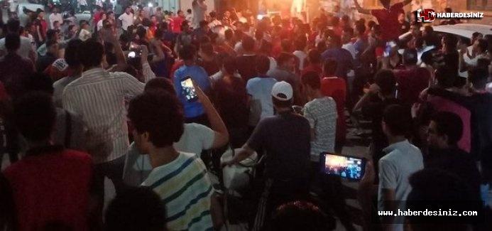 Darbeci Sisi'ye karşı yüz binler tek yürek oldu! Mısır'da Sisi_out hareketi!.