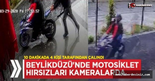 Beylikdüzü'nde motosiklet hırsızlığı güvenlik kamerasında