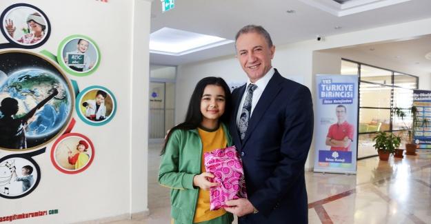 İhlas koleji öğrencisi bilim olimpiyatları'nda istanbul birincisi oldu