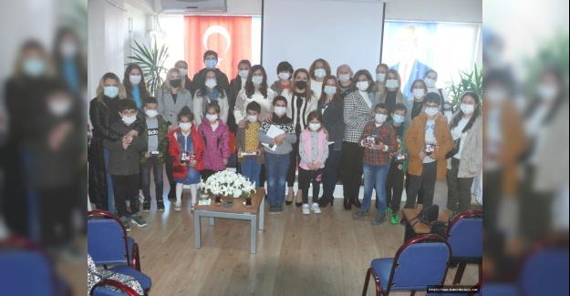 CHP'li kadınlardan eğitim atağı