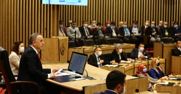 Yeni meclis salonu siyasilerden tam not aldı