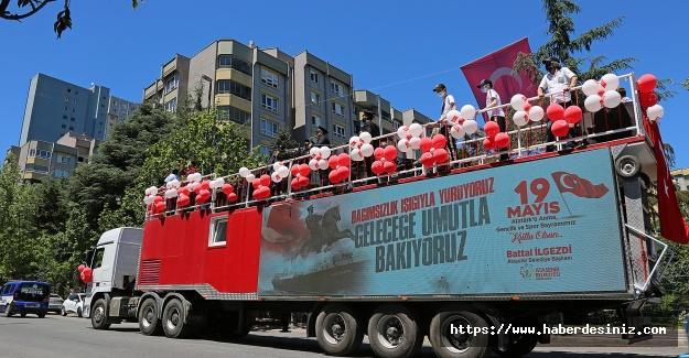 Ataşehir'de 19 Mayıs konvoy eşliğinde kutlandı