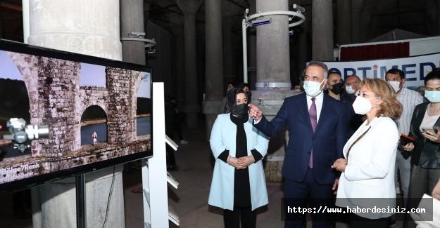Sultangazi Belediyesi engelli bireyleri Dijital Sanat Sergisi'yle buluşturuyor