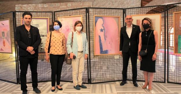 Sanatçı Tomur Atagök'ten resmin çok ötesinde bir sergi