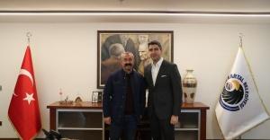 Tunceli Belediye Başkanı Fatih Mehmet Maçoğlu, Gökhan Yüksel'i ziyaret etti
