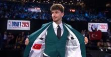 Türk bayrağı detayı dikkat çekti!
