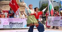 Taksim Meydan'ında kültür ve sanat rüzgarı