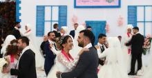 Bağcılar'da çiftlerin en mutlu günü